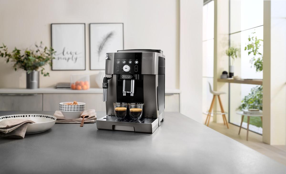 Magnifica-S-Smart-coffee-machine