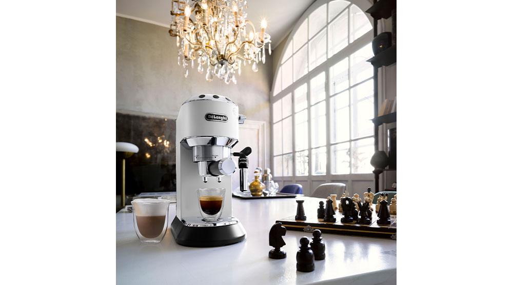 Delonghi dedica style white pump coffee machine features 2
