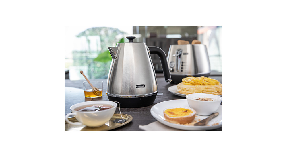 delonghi distinta moments kettle kbi2001 lifestyle